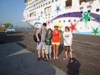 family%2Bcruise Book The Best Accommodation