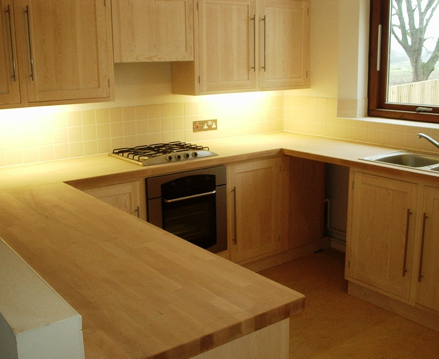 Longevity of kitchen cabinets renew kitchen cabinets for Renew it kitchen cabinets