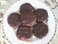 http://wittsculinary.blogspot.com/2014/10/recipe-9-my-own-version-of-girl-scout.html