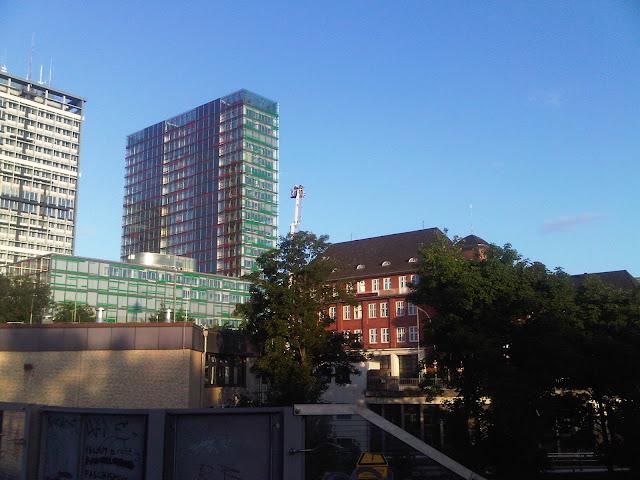Drehleiter - Feuerwehr Hamburg - Berliner Tor