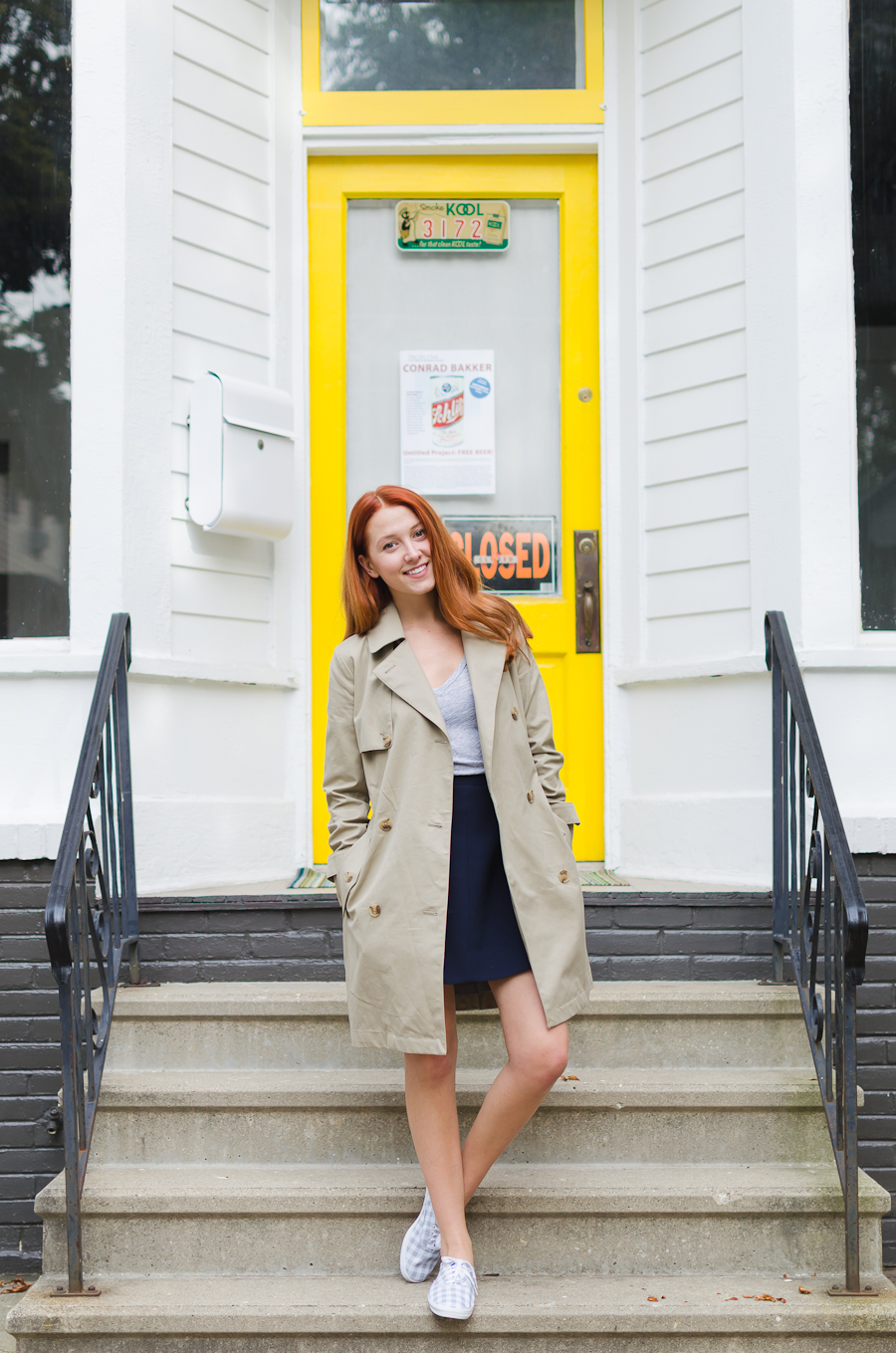 Beautyosaurus Lex-autumn-fall-ootd-outfit-style-keds-gingham-gap-trench coat-classic trench coat-j.crew flare skirt-grey v neck tee-t shirt-red head-milwaukee
