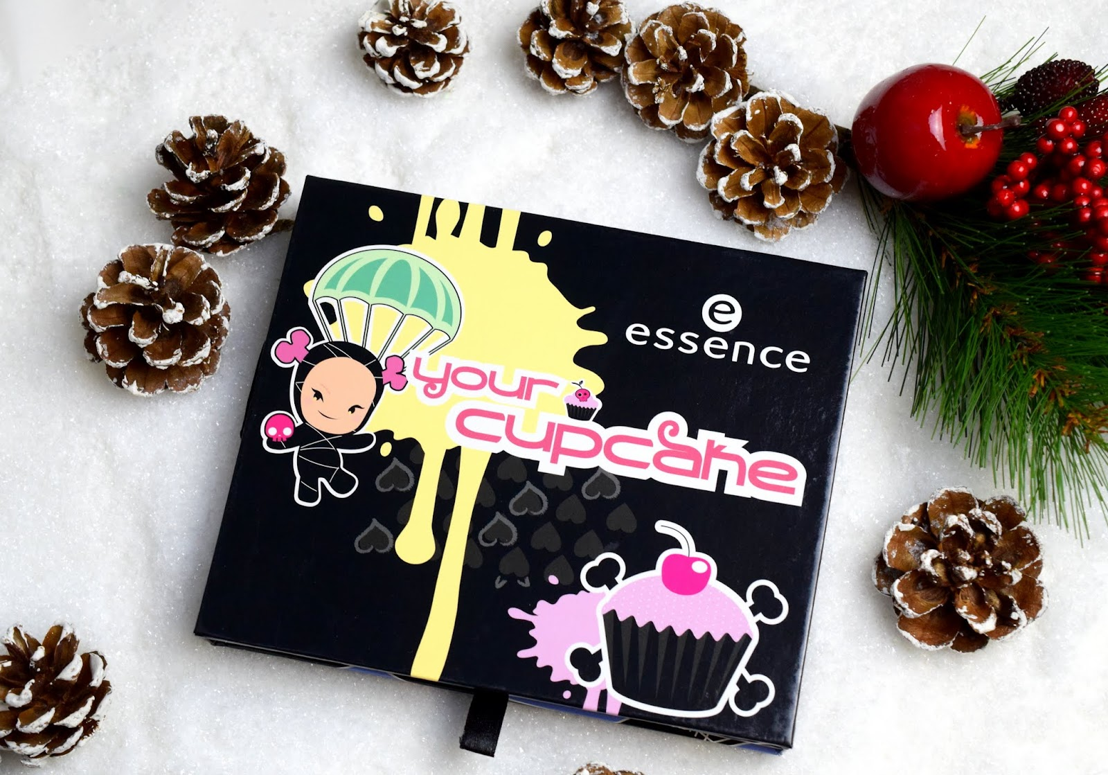 Adventskalender Türchen #24 mit Essence Your Cupcake Palette