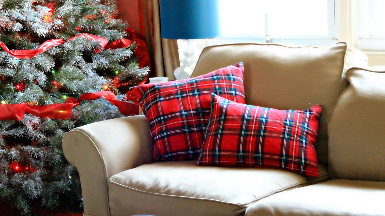 Living Rooms With Plaid Pillows: 10 Ideas For Using Plaid In Your Home   Days of Chalk and Chocolate,