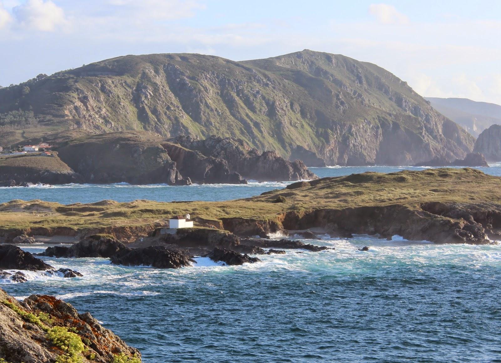 Ermita de Nuestra Señora del Mar en la isla de Porto