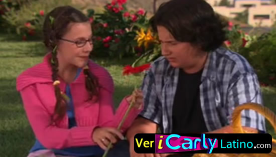 Zoey 101 1x08