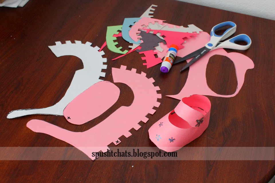 Spusht Chats Baby Shoes Paper Craft