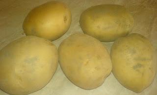 cartofi, retete cu cartofi, cartofi pentru mancare, cartofi pentru musaca, retete culinare, preparate culinare, retete culinare cu cartofi,