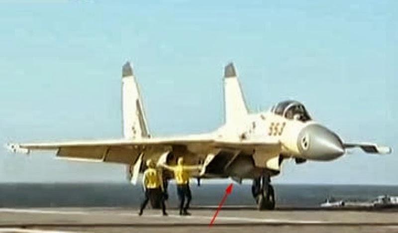 El J-15 es Mejor que el F/A-18 en Combate Aéreo y Ligeramente Inferior en Términos de ataque contra Objetivos Marítimos Chinese+J-15+Fighter+Jet+YJ-83+C803+ANTISHIP+MISSILE++CV16+Liaoning+Aircraft+Carrier+People's+Liberation+Army+Navy+(PLA+Navy)+j-15+16+17+18+19+j-20+j-31Aerial+Refuelling+buddy+pod+aewc+pl-12+pl-98asr+10+bvr+(3)