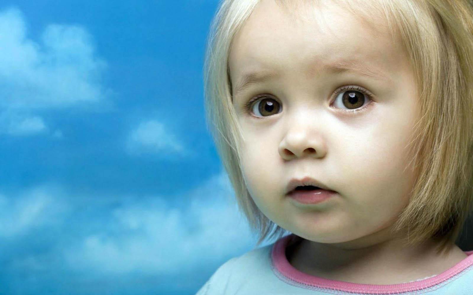 http://1.bp.blogspot.com/-vh5B-1e5km8/UOWiIxPdxeI/AAAAAAAAQic/YbH--DHY7GQ/s1600/Innocent+Babies+Wallpapers+09.jpg