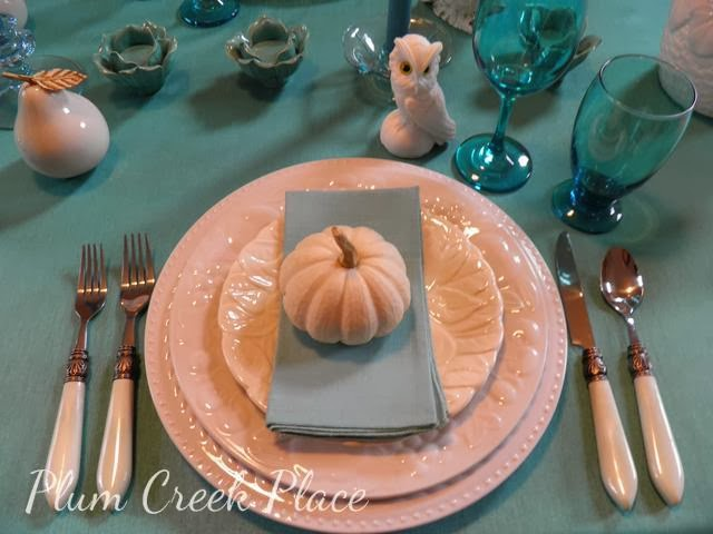 aqua tablescape, fall tablescape