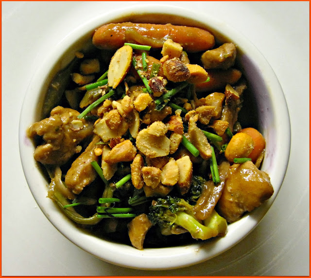 Combination Stir Fry with BBQ Peanut Sauce Recipe, a homemade meal better than take out! Make this delicious meal in no time with whatever you have left in your fridge. #stirfry