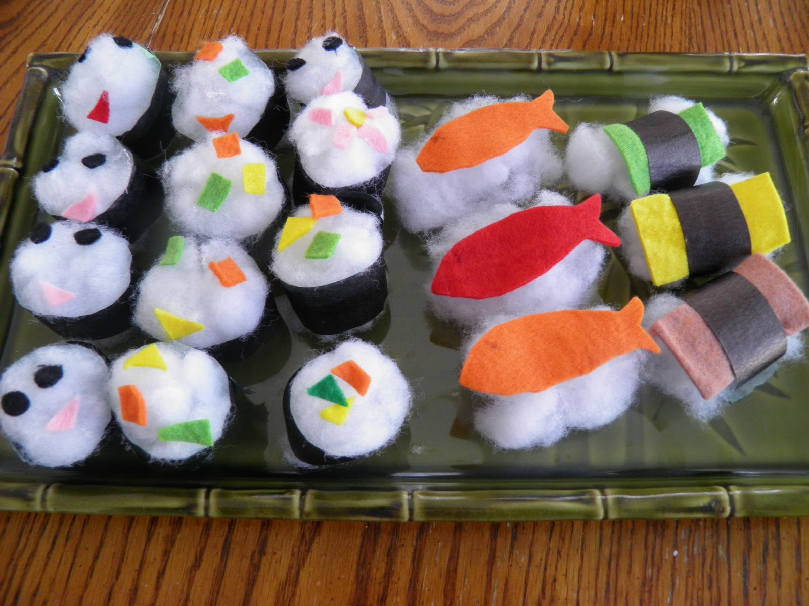 Kozue 39 s show and tell blog this cotton ball sushi craft for Japan craft