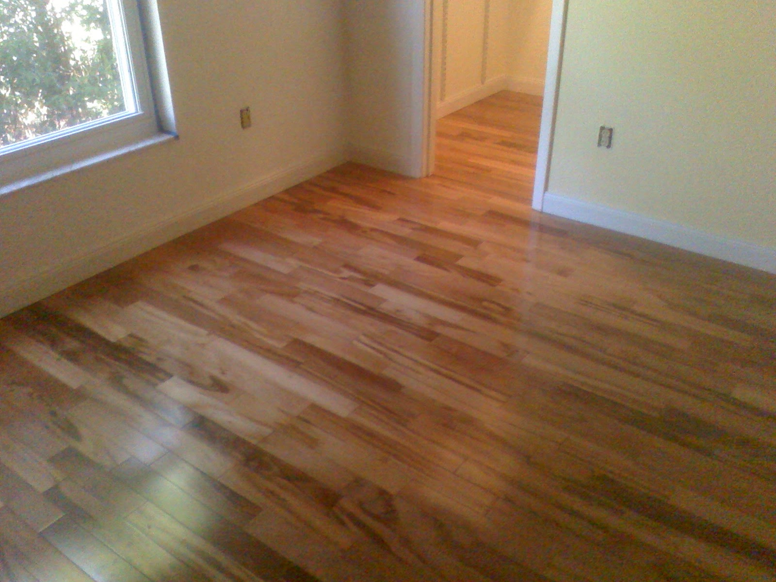 Laminate flooring installation in va important steps to for Installing laminate wood flooring