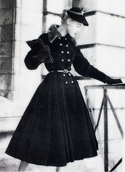 1950s, Jacques Fath Photo by Philippe Pottier #1950s #winter #fashion #vintage #coat