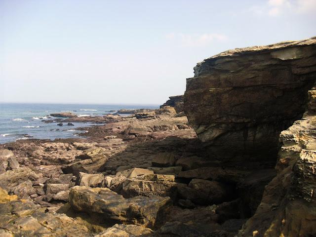 Acantilados desde Playa de Galizano
