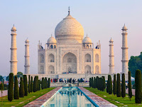 The Perfect Time to Visit Taj Mahal in Agra, India