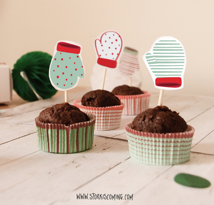 mittens cupcake toppers