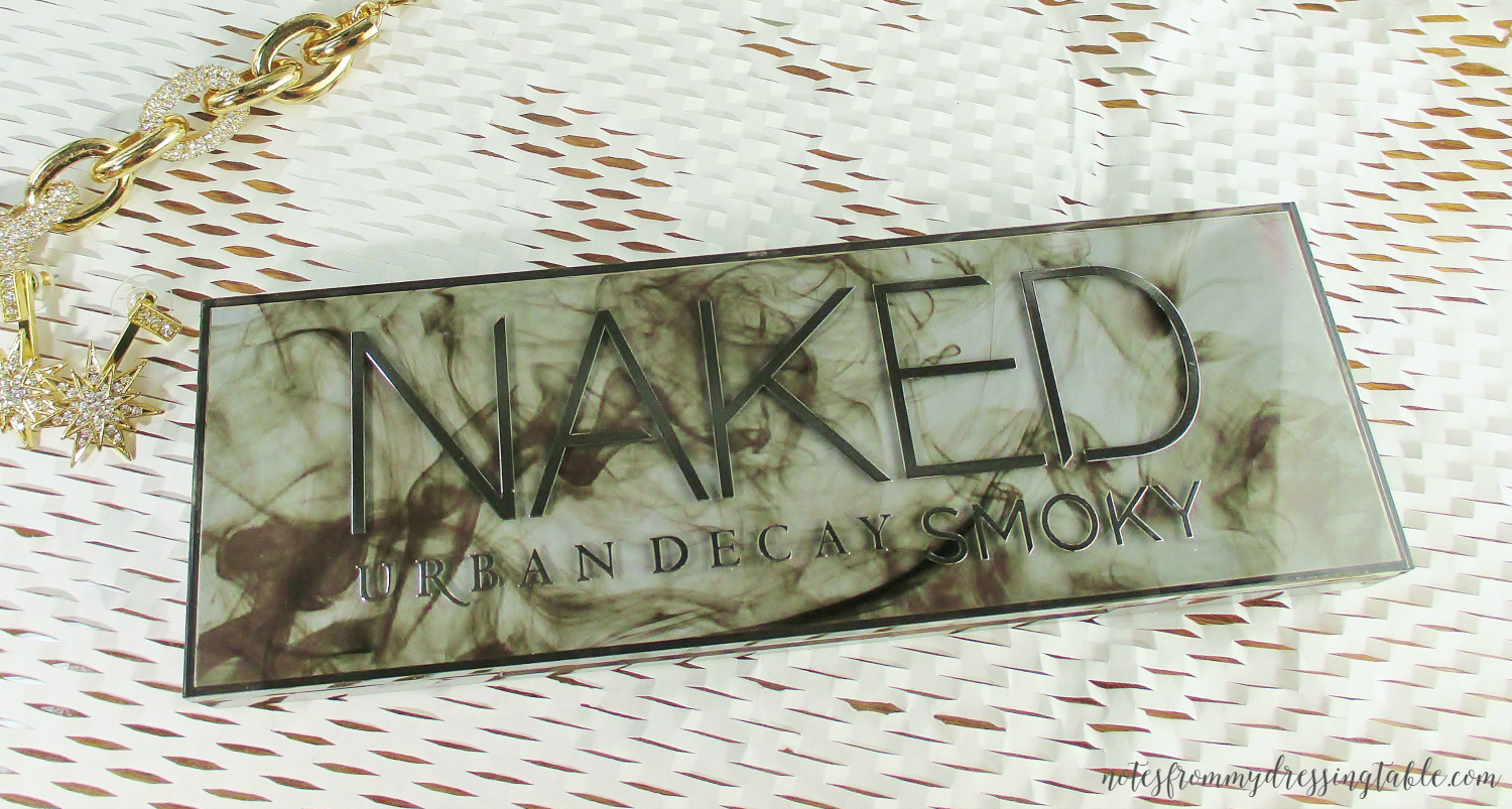 Urban Decay NAKED Smokey Palette Packaging notesfrommydressingtable.com