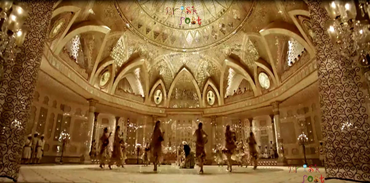 Sanjay Leela Bhansali's Aaina Mahal Set for Deewani Mastani Song of Bajirao Mastani is Museum now