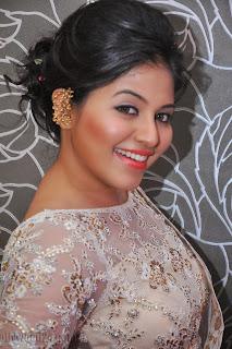 Anjali latest Glamorous pics in saree 005