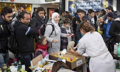 Suécia planeja expulsar 80 mil imigrantes