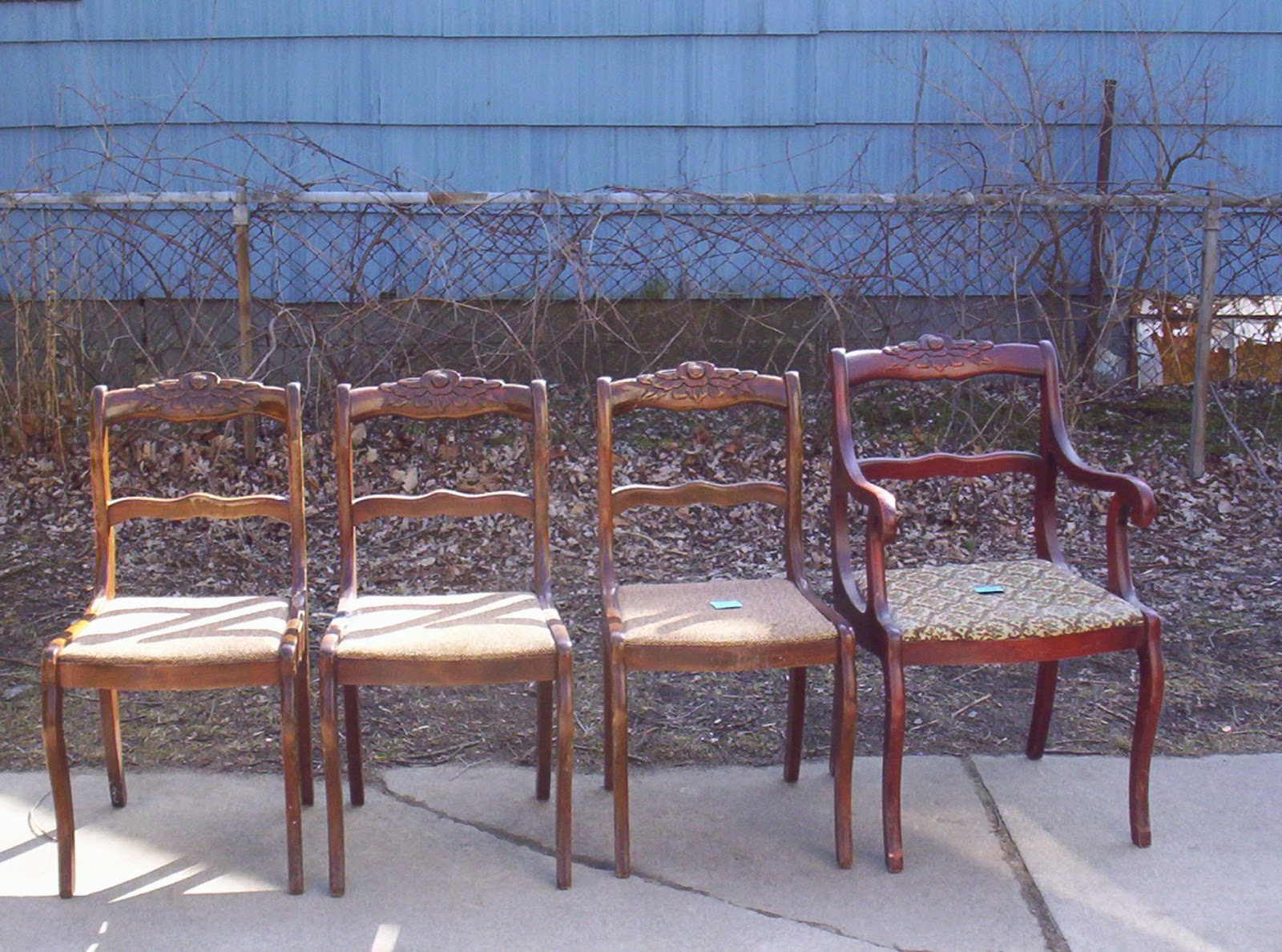 Antique duncan phyfe chairs -  Amazing Antique Duncan Phyfe Chairs They Are Petite Have Beautiful Carved Flowers On The Top Nice Curvy Legs On The Bottom So Much Potential