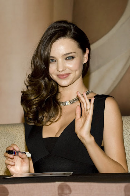 Hot Miranda Kerr Promotes K5 Hybrid Car Latest 2011 Kia Photo Gallery