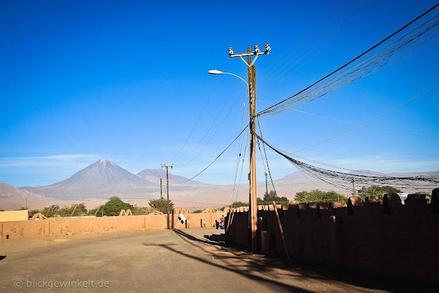 Vulcan Licancabur von San Pedro aus gesehen