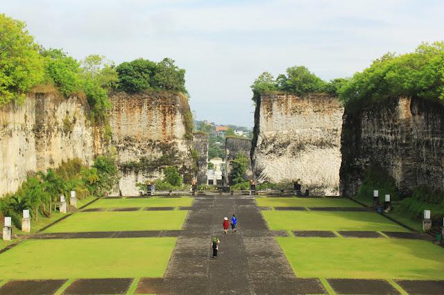 Bali Holidays 4 at Indraloka Garden Garuda Wisnu Kencana ( GWK ) Cultural Park
