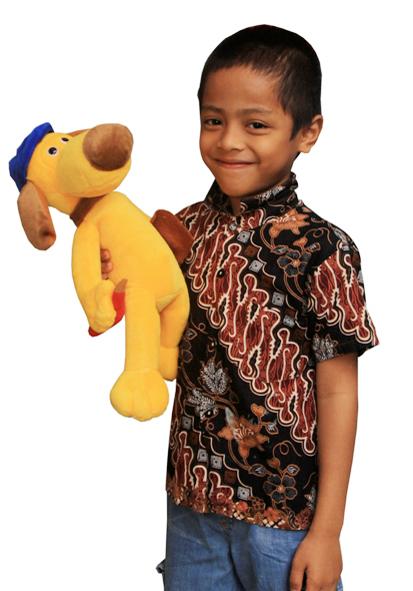 ... yang akan kita rubah, contoh disini foto seorang anak dengan bonekanya