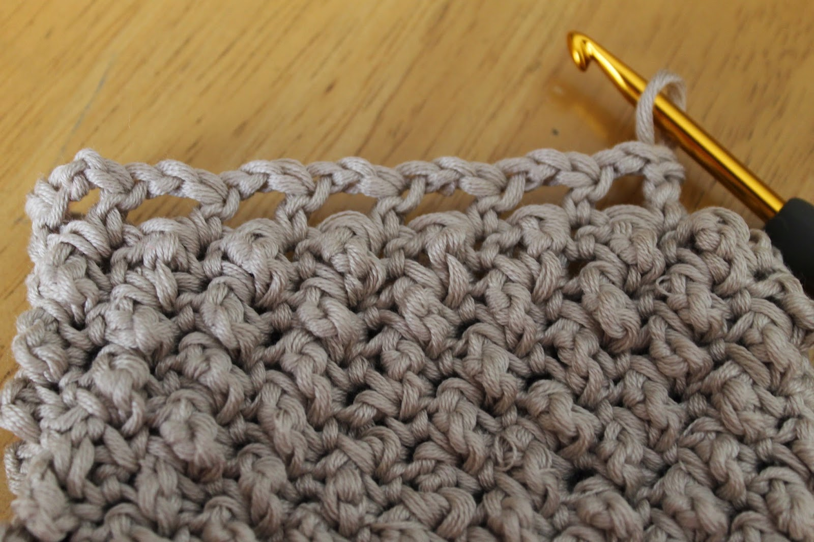 Da's Crochet Connection: Knotted Drawstring Bag