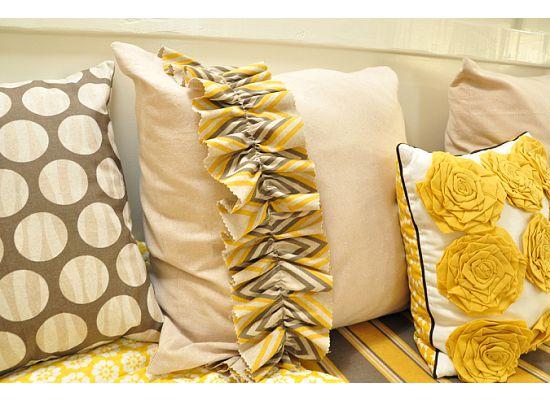 HunnyBee Blog: Living Room Inspirations