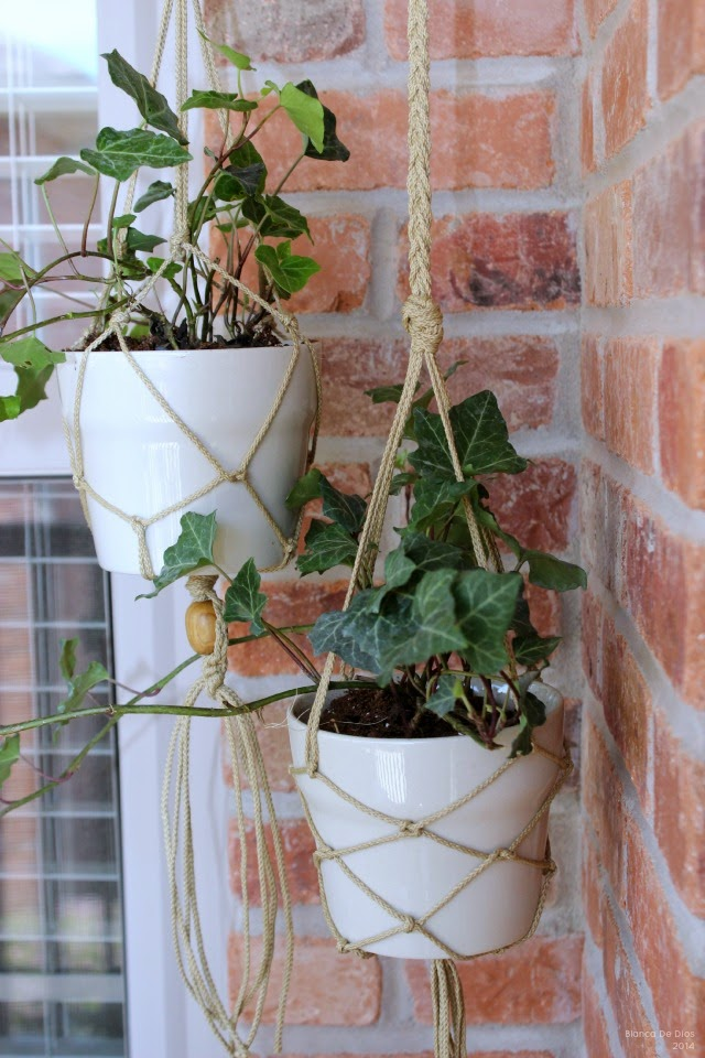 ahora que los das son ms agradables y soleados es el mejor momento para hacer lucir nuestro pequeo patio o balcn a travs de las plantas y otros