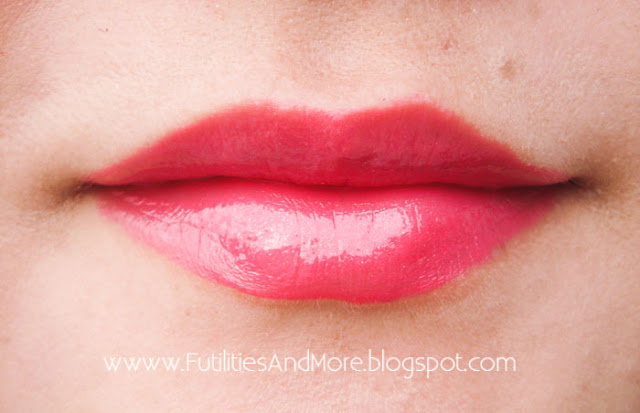 Fuchsia Lipstick, Mac Amplified, Impassioned, futilitiesandmore.blogspot.com, futilities and more, futilitiesandmore, asian beauty, asian, makeup review, make up, makeup, cosmetics, maquillage, mac