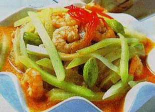 Chayote and Shrimp in Coconut Milk (Labu Siam dan Udang Masak Santan)