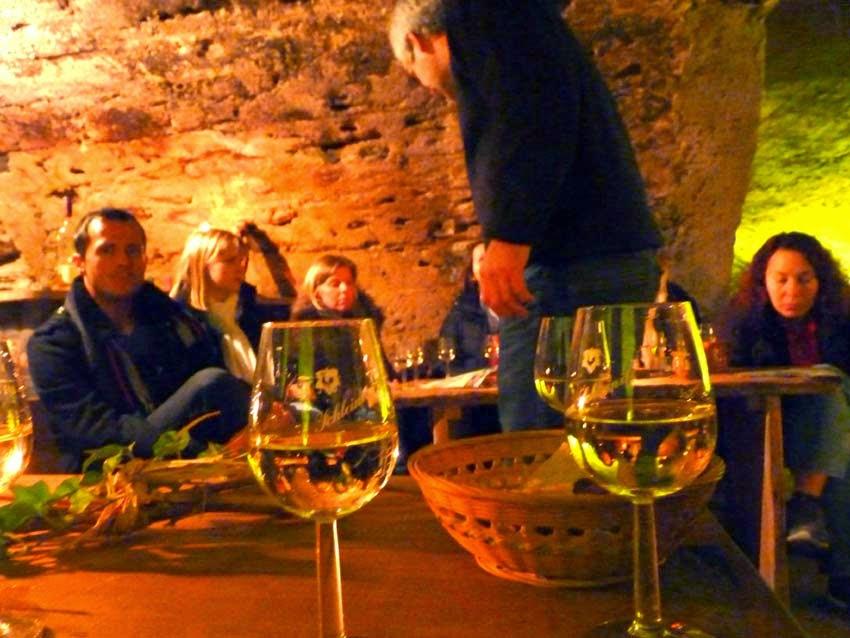 Riesling Weinprobe im Gewölbekeller