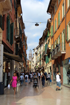 Shopping in Verona