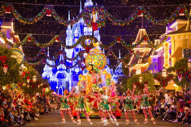 Início das festas de Natal em Orlando
