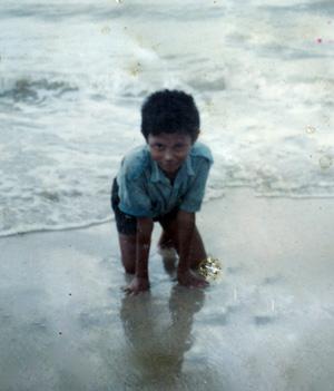 Di Pantai Siring Kemuning