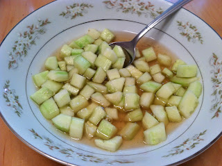 Cucumbers in Apple Cider Vinegar