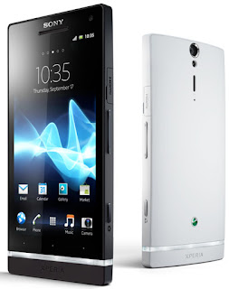 Sony Ericsson Xperia S Black and White, Xperia with Bravia