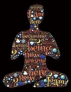 essere umano che medita