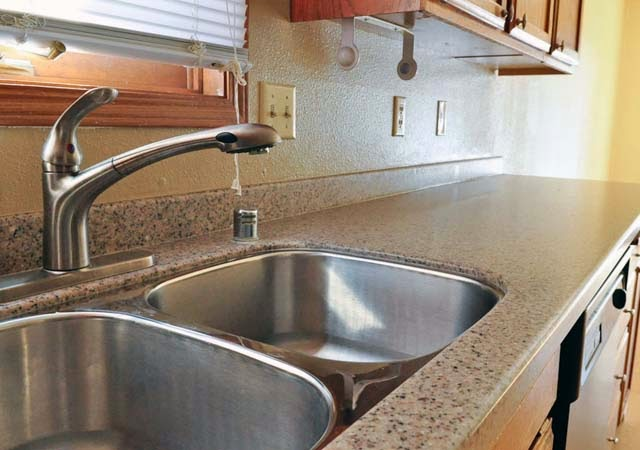 Solid surface countertops prices per square foot ayanahouse for Corian cost per square foot installed