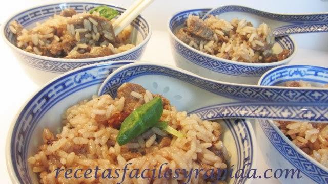 arroz con carne y salsa de ostras