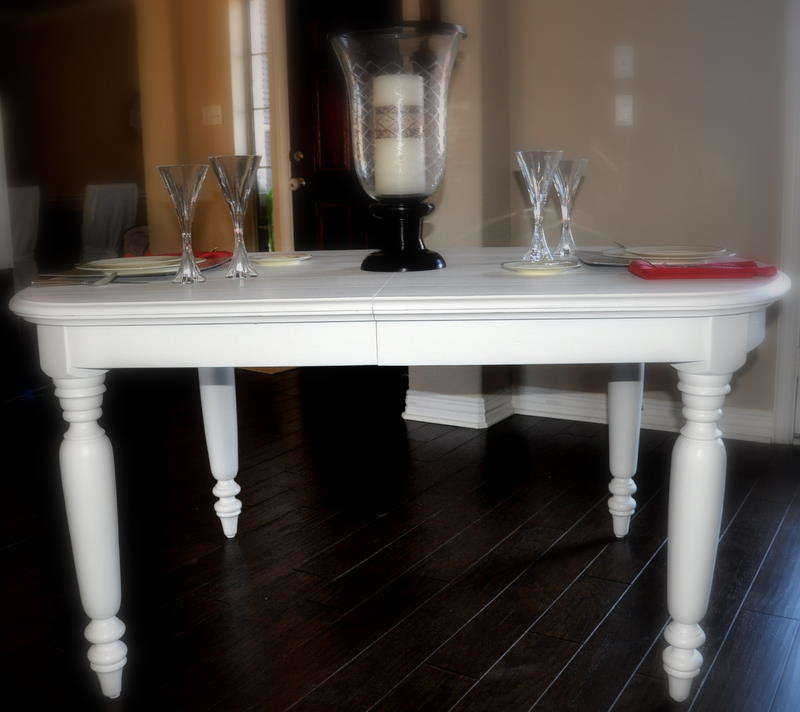 Dining table off white distressed dining table for Distressed white dining table