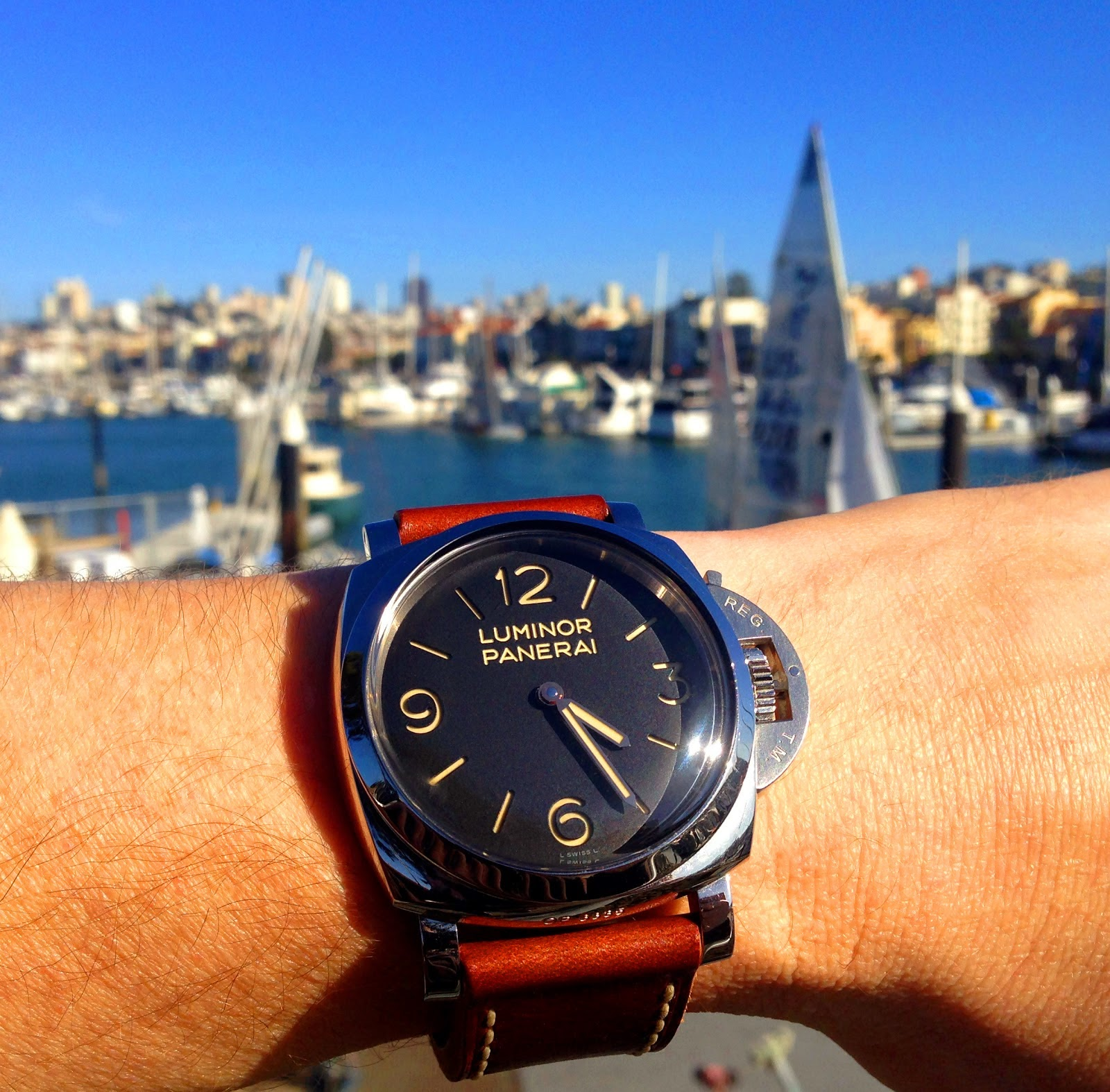 Panerai Luminor 1950 3 days replica watch PAM 372