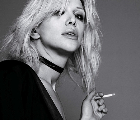 Courtney Love Pictures on Hole  Courtney Love Aprova Vers  O Do Glee Para    Celebrity Skin