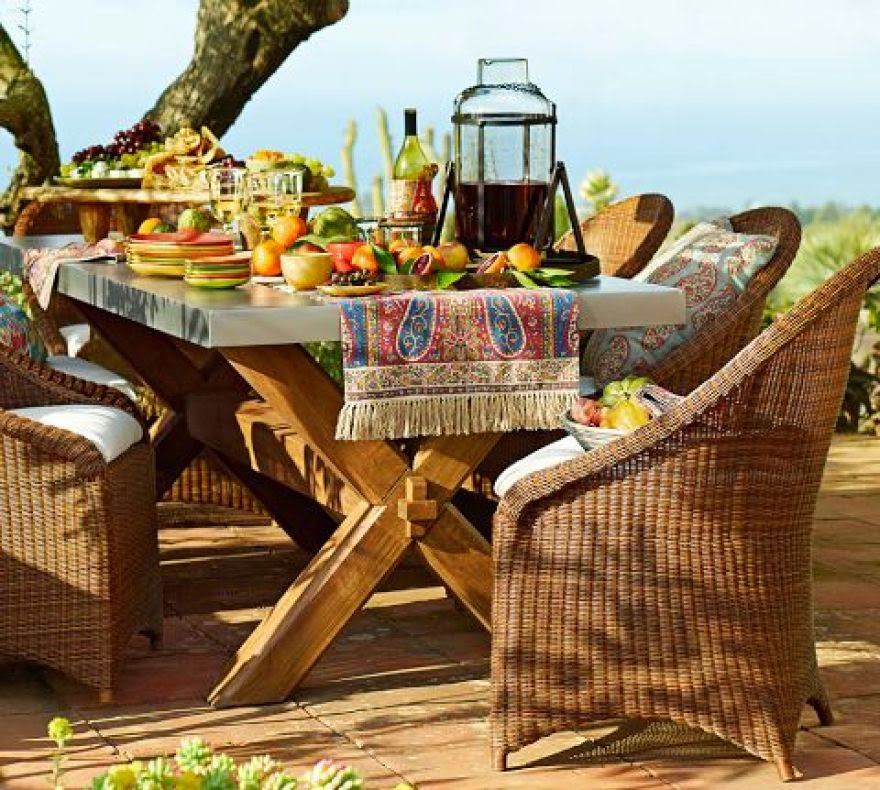 Outdoor Breakfast Table Design