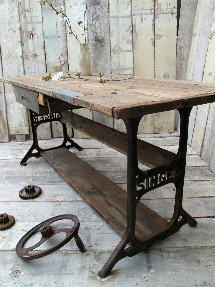 Home garden information center 60 id es pour recycler - Table machine a coudre ...
