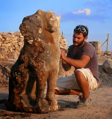 More on statue of Cerberus found in Turkey